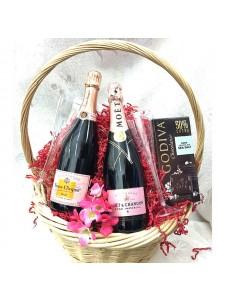 Rose Champagne Gift Basket