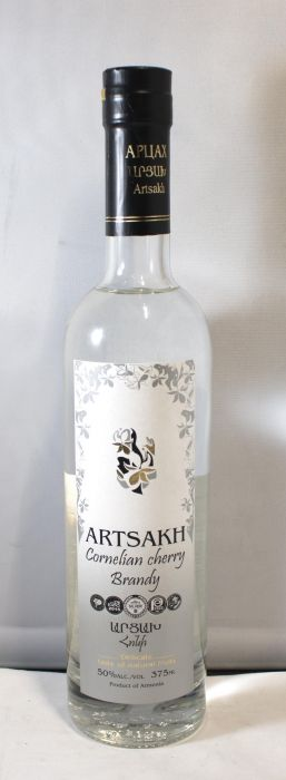 Artsakh Vodka Cornelian Cherry Armenia 100pf 375ml