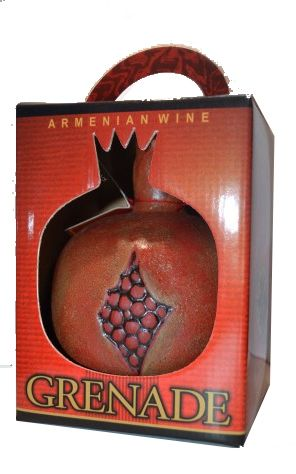 Grenade Wine Red Semisweet Pomegranate Ceramic 750ml