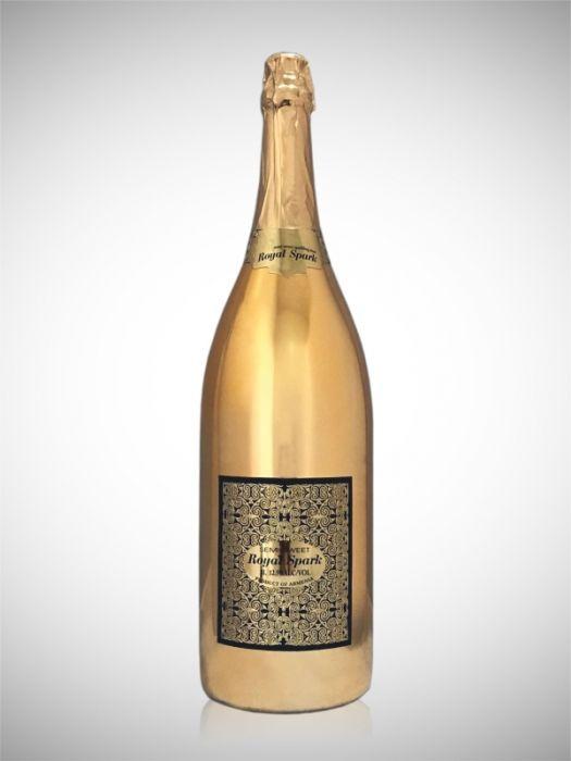 Royal Spark Sparkling Wine Semi Sweet Armenia 3li