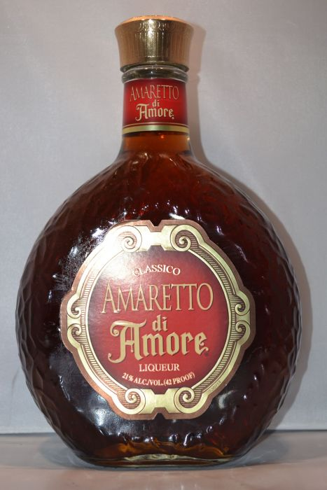Amaretto Di Amore Classico Liqueur 750ml
