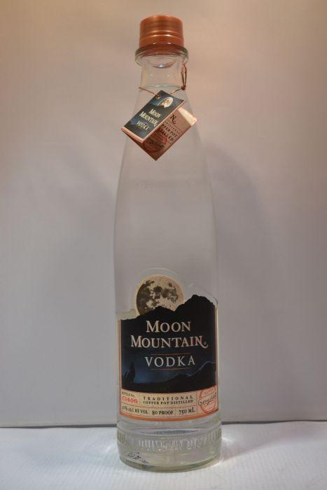 Moon Mountain Vodka Sweden 750ml