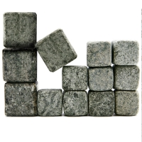 SCOTCH AND WHISKEY STONES, CONNOISSEURS SET OF 13 00ml