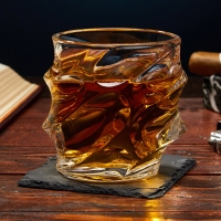 SCULPTED UNIQUE WHISKEY GLASS (1) 00ml